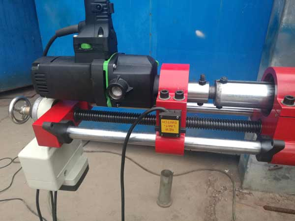 Portable line boring machine YK60